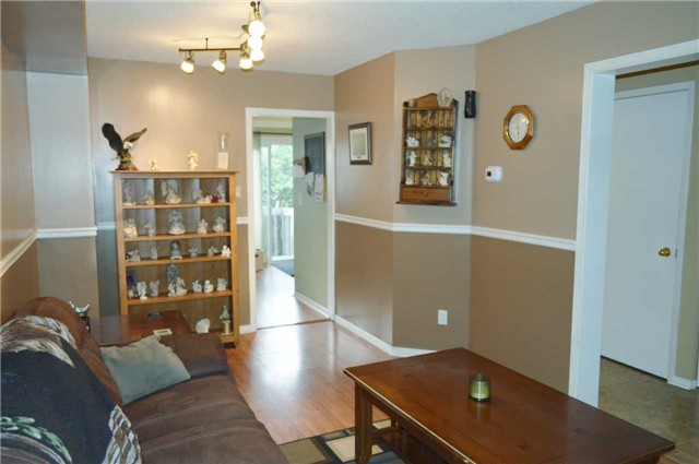 Townhouse at 1269 Huron Crt, Innisfil, Ontario. Image 11