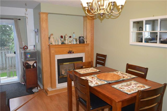 Townhouse at 1269 Huron Crt, Innisfil, Ontario. Image 12
