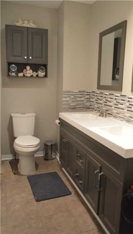 Townhouse at 1269 Huron Crt, Innisfil, Ontario. Image 3