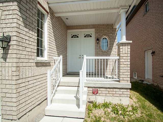 Detached at 2267 Whitewood Cres, Innisfil, Ontario. Image 12