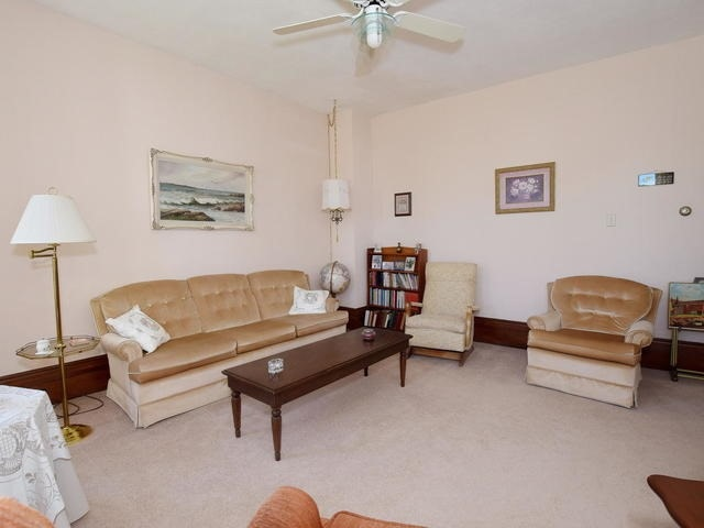 Detached at 6531 Main St, Whitchurch-Stouffville, Ontario. Image 18