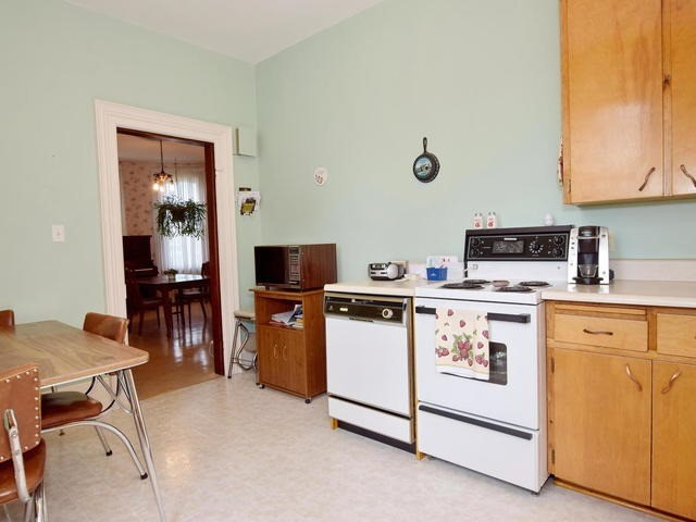 Detached at 6531 Main St, Whitchurch-Stouffville, Ontario. Image 20
