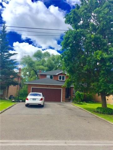 Detached at 25 Yongehurst Rd, Richmond Hill, Ontario. Image 1