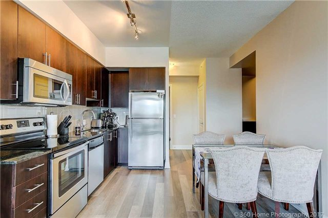Condo Apartment at 85 North Park Rd, Unit 809, Vaughan, Ontario. Image 15