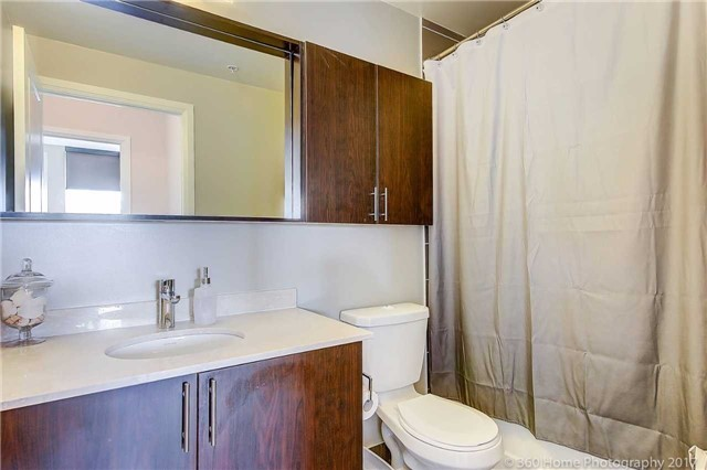 Condo Apartment at 85 North Park Rd, Unit 809, Vaughan, Ontario. Image 3