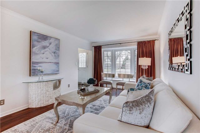 Detached at 24 Almond Ave, Markham, Ontario. Image 10