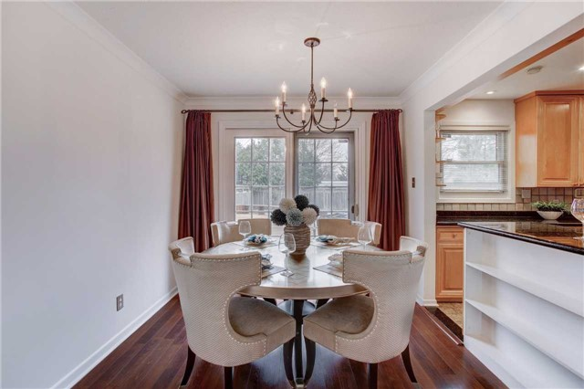 Detached at 24 Almond Ave, Markham, Ontario. Image 12