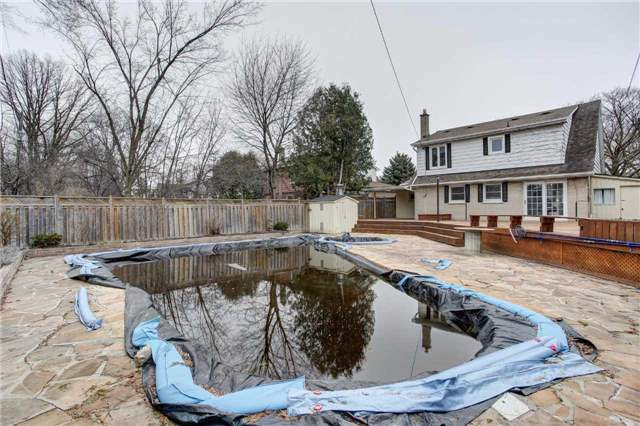 Detached at 24 Almond Ave, Markham, Ontario. Image 8