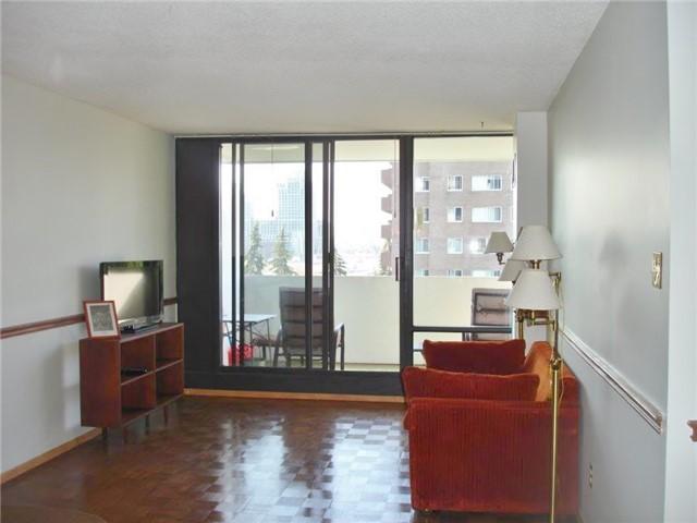 Condo Apartment at 40 Baif Blvd, Unit 509, Richmond Hill, Ontario. Image 10