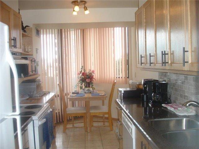 Condo Apartment at 40 Baif Blvd, Unit 509, Richmond Hill, Ontario. Image 12
