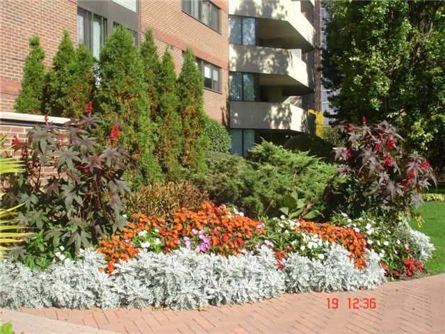 Condo Apartment at 40 Baif Blvd, Unit 509, Richmond Hill, Ontario. Image 6