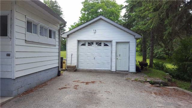 Detached at 90 Margaret St, Essa, Ontario. Image 14