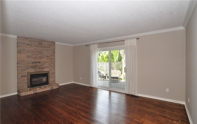 Detached at 62 Normandale Rd, Markham, Ontario. Image 3