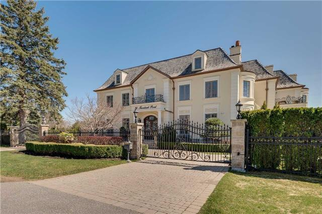 Detached at 36 Thornbank Rd, Vaughan, Ontario. Image 12