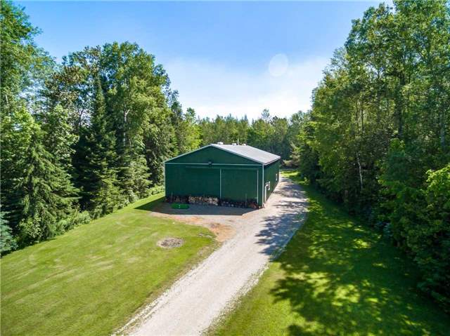Detached at 2510 6th Line, Innisfil, Ontario. Image 6