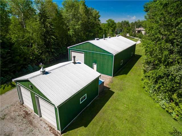 Detached at 2510 6th Line, Innisfil, Ontario. Image 7