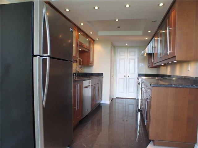Condo Apartment at 7905 Bayview Ave, Unit 822, Markham, Ontario. Image 20