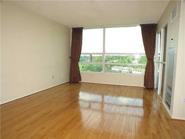 Condo Apartment at 7905 Bayview Ave, Unit 822, Markham, Ontario. Image 2