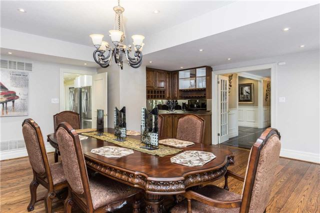 Detached at 60 White Lodge Cres, Richmond Hill, Ontario. Image 14