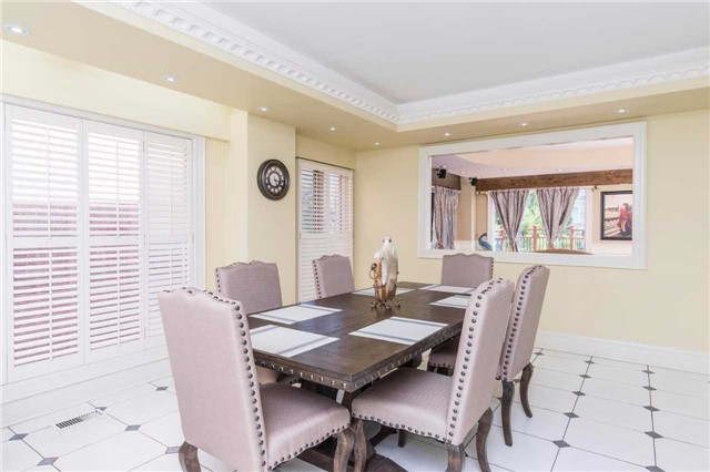 Detached at 60 White Lodge Cres, Richmond Hill, Ontario. Image 17