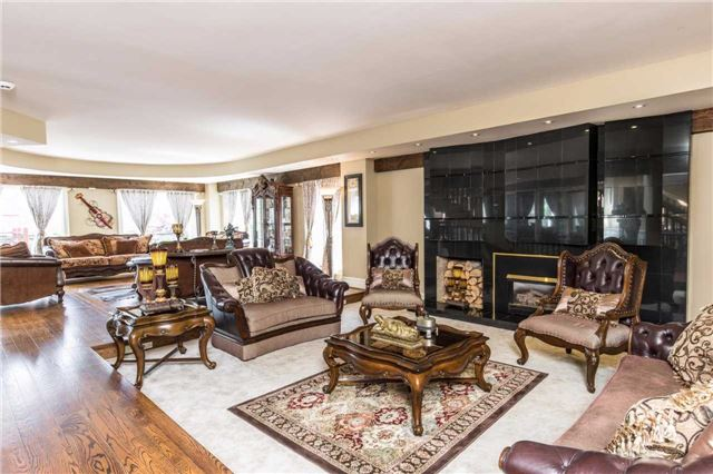 Detached at 60 White Lodge Cres, Richmond Hill, Ontario. Image 18