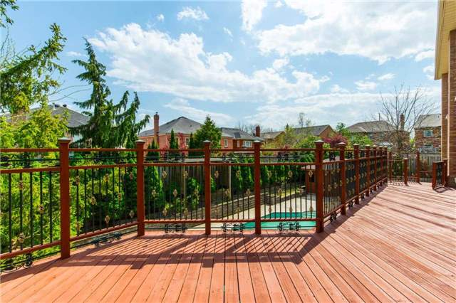 Detached at 60 White Lodge Cres, Richmond Hill, Ontario. Image 11