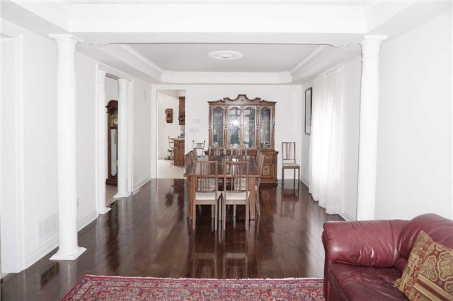 Detached at 19 Golfer's Gate, Vaughan, Ontario. Image 14