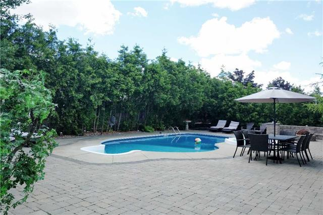 Detached at 19 Golfer's Gate, Vaughan, Ontario. Image 10