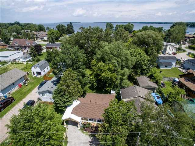 Detached at 1279 Temple Ave, Innisfil, Ontario. Image 8