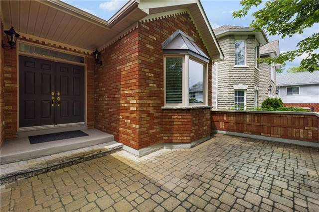Detached at 2210 25th Sdrd, Innisfil, Ontario. Image 8