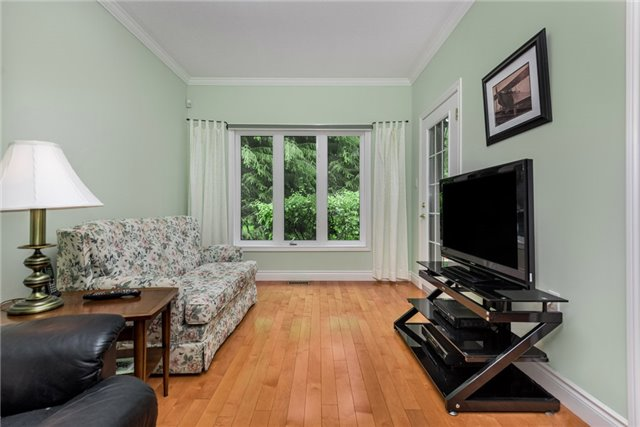 Detached at 2210 25th Sdrd, Innisfil, Ontario. Image 11
