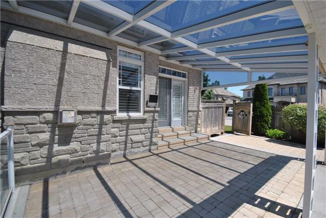 Detached at 14 Olives Gate, Whitchurch-Stouffville, Ontario. Image 13