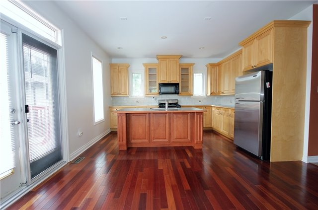 Detached at 1690 St. John's  Rd, Innisfil, Ontario. Image 15