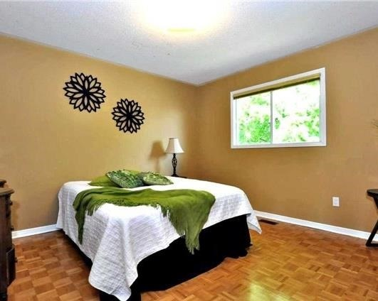 Detached at 69 Bergin Rd, Newmarket, Ontario. Image 15