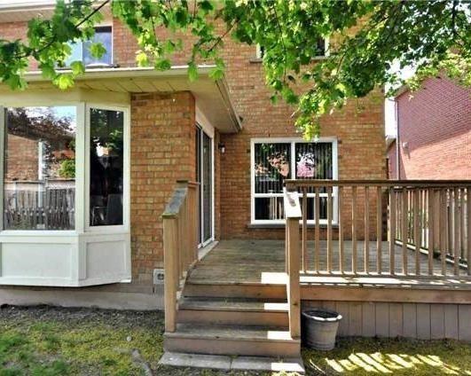 Detached at 69 Bergin Rd, Newmarket, Ontario. Image 5