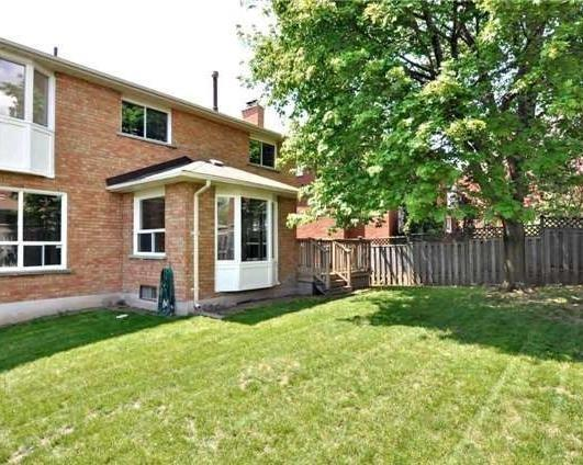 Detached at 69 Bergin Rd, Newmarket, Ontario. Image 6