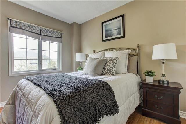 Townhouse at 73 Sonoma Blvd, Vaughan, Ontario. Image 7