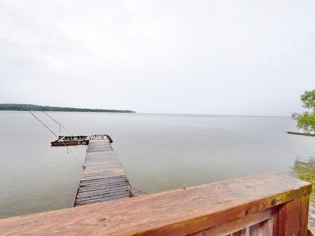 Detached at 1045 Lake Dr N, Georgina, Ontario. Image 8