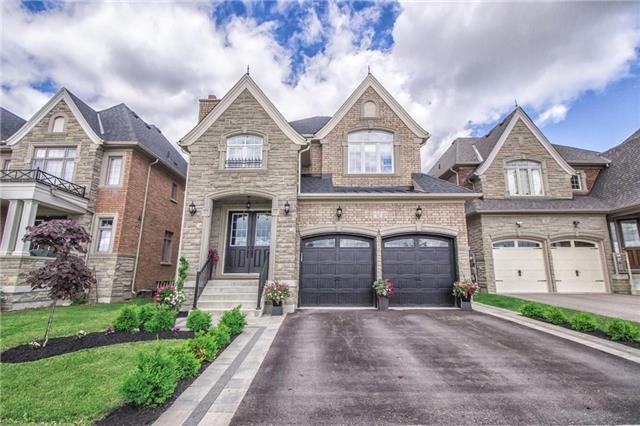 Detached at 32 Nicort Rd, King, Ontario. Image 1