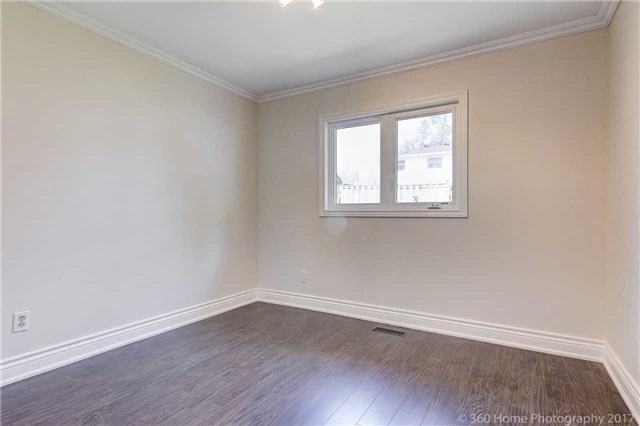 Detached at 138 Orchard Heights Blvd, Aurora, Ontario. Image 5