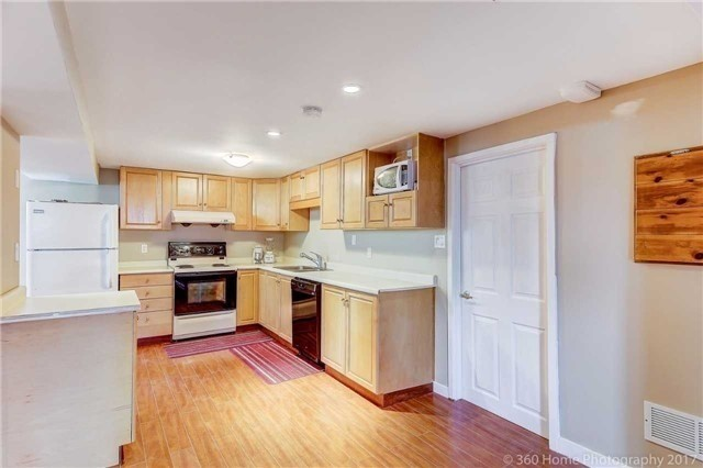Detached at 138 Orchard Heights Blvd, Aurora, Ontario. Image 11