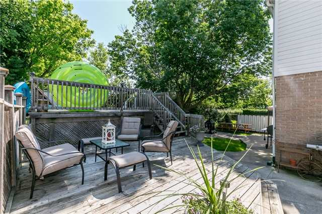 Detached at 154 Hilltop Dr, East Gwillimbury, Ontario. Image 10
