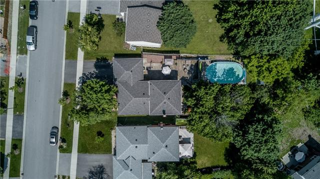 Detached at 154 Hilltop Dr, East Gwillimbury, Ontario. Image 13