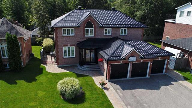 Detached at 705 Happy Vale Dr, Innisfil, Ontario. Image 1