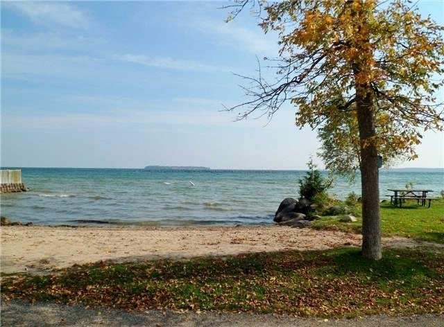 Detached at 705 Happy Vale Dr, Innisfil, Ontario. Image 14