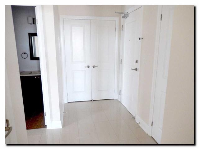 Condo Apartment at 24 Woodstream Blvd, Unit 312, Vaughan, Ontario. Image 17