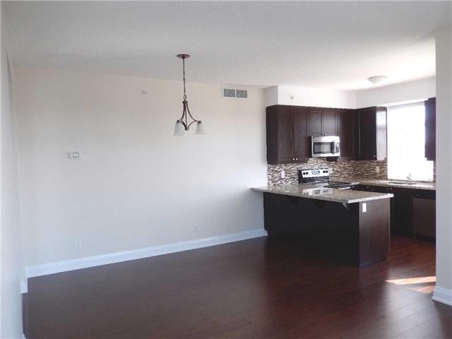 Condo Apartment at 24 Woodstream Blvd, Unit 312, Vaughan, Ontario. Image 20