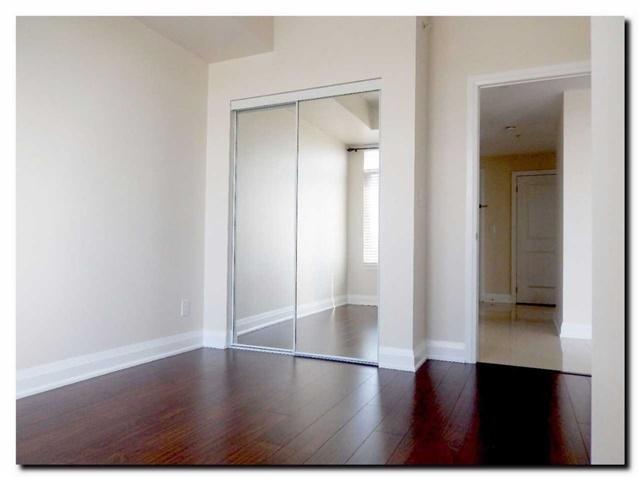Condo Apartment at 24 Woodstream Blvd, Unit 312, Vaughan, Ontario. Image 6
