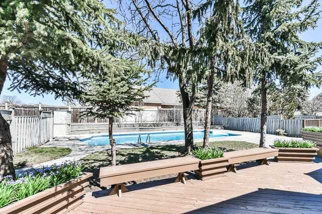 Detached at 46 Northgate Cres, Richmond Hill, Ontario. Image 10