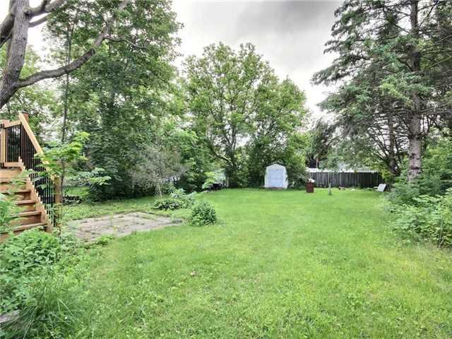 Detached at 147 Margaret St, Essa, Ontario. Image 6